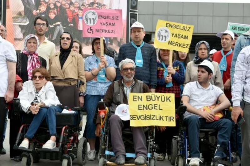 Mustafakemalpaşa'da 'Engelliler Haftası' unutulmadı