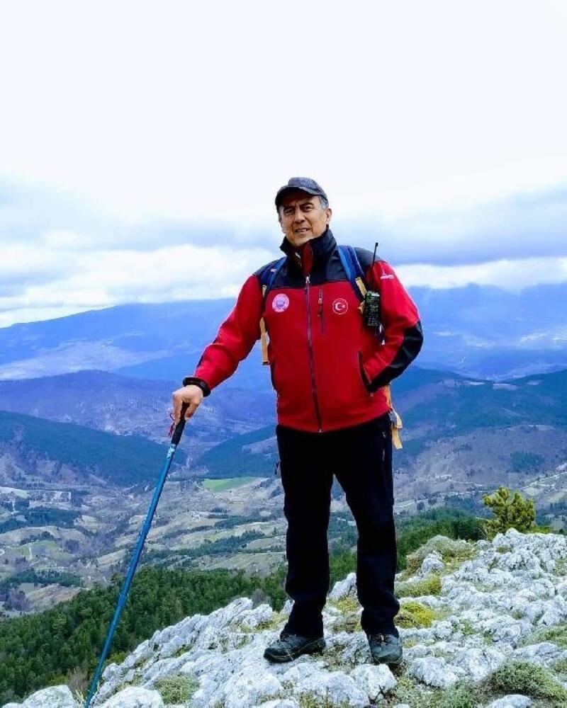 Orhaneli'de dağcılık tutkunu eğitimci kalp krizinden öldü
