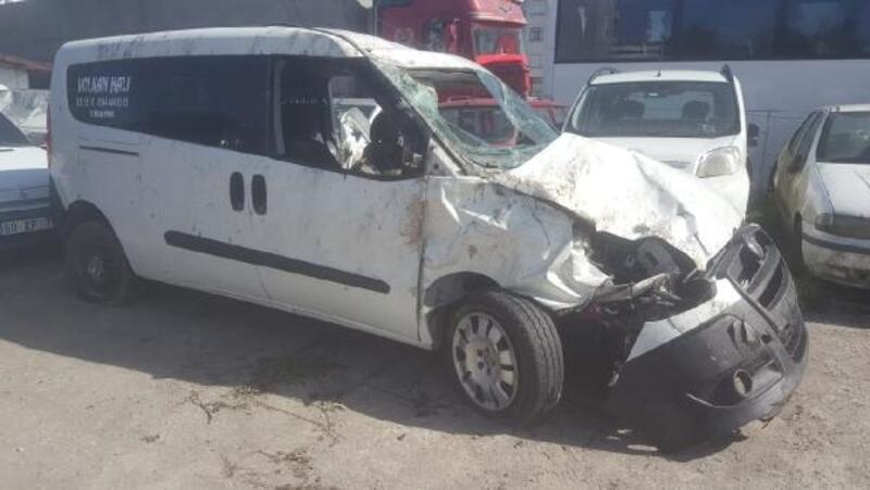 Kazada kolu kopan sürücü, hastanede öldü