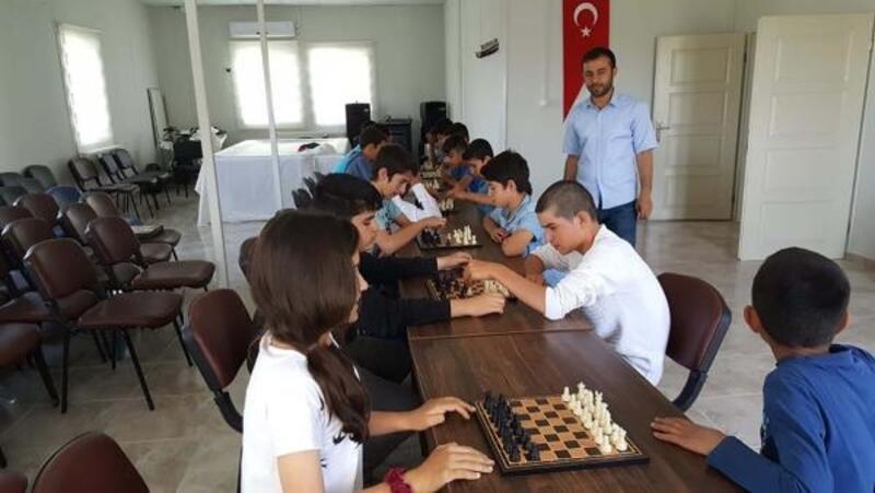 Samsat'ta satranç turnuvası
