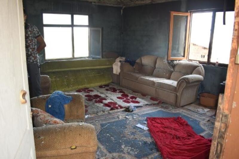 Biga'da ev yangını korkuttu