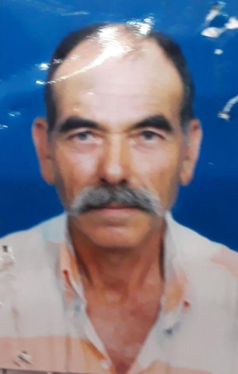 Bayramiç'te devrilen traktörün altında kalan sürücü hayatını kaybetti