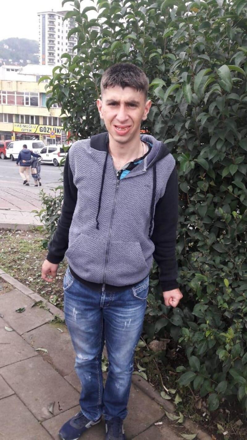 Narkoz verilip, dişi çekildikten sonra ölen Atakan, toprağa verildi