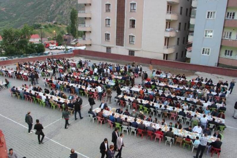 Şemdinli'de şehit aileleri ve gazilere iftar