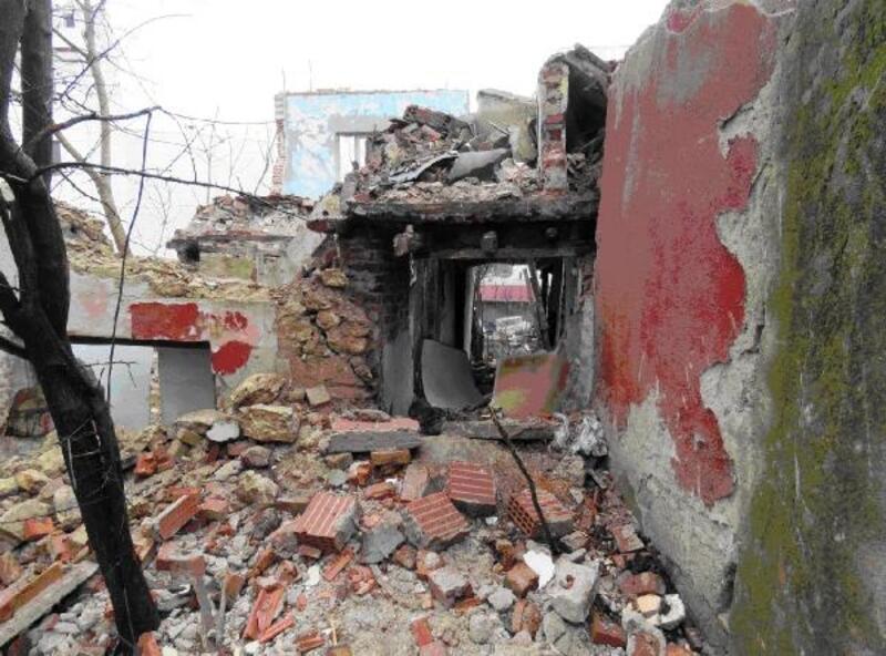 Kırklareli'de metruk binalar yıkıldı