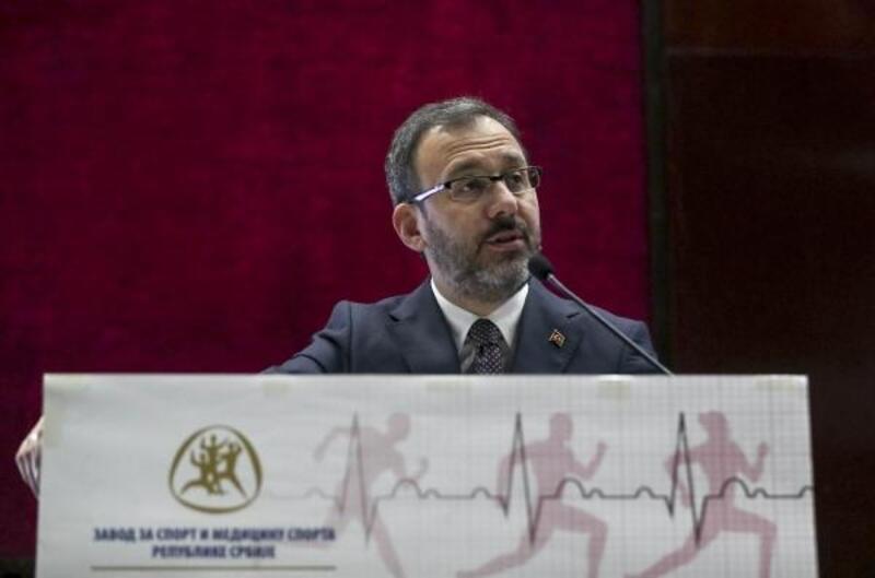 Bakan Kasapoğlu, Spor Hekimliği Konferansı'na katıldı