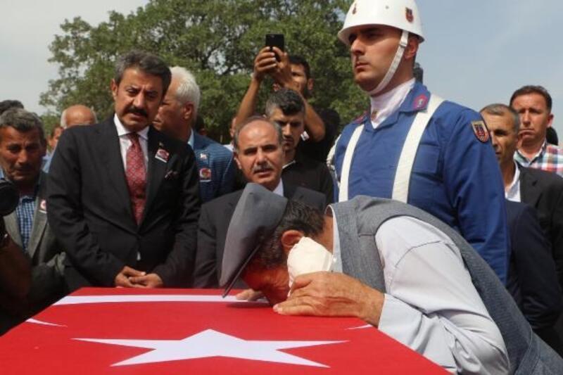 Ankara'da tedavi gören güvenlik korucusu, 12 gün sonra şehit oldu