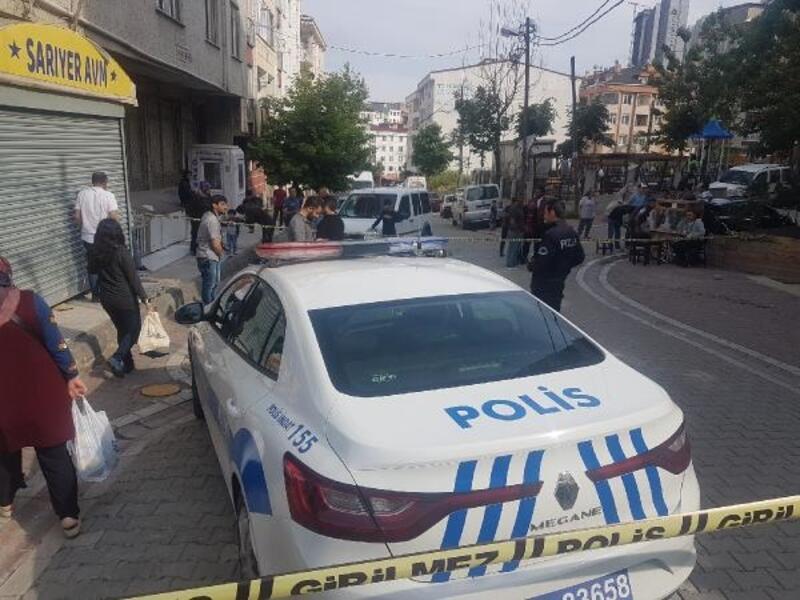 Esenyurt'ta otomobilden kahvehaneye ateş açıldı: 1 yaralı