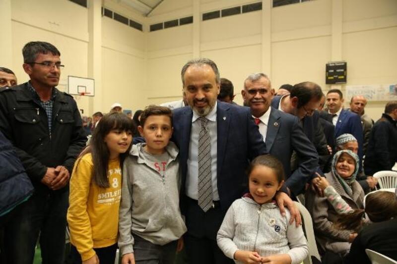 Alinur Aktaş, Keles'teki vatandaşlarla iftarda bir araya geldi