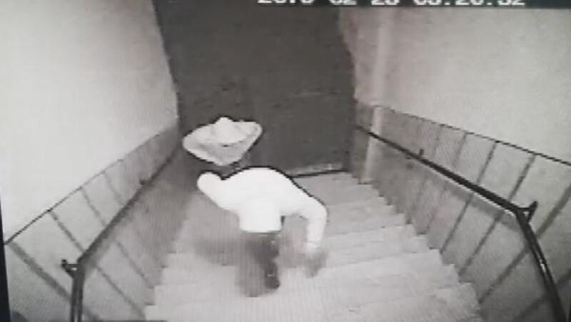 Zeytinburnu'nda girilmedik ev bırakmayan hırsızlar kamerada