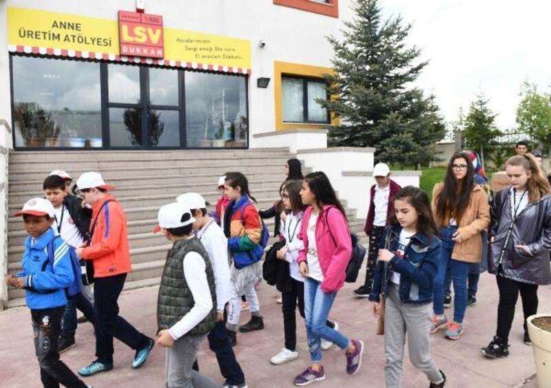 Ankara Büyükşehir Çocuk Meclis üyelerinden anlamlı ziyaret