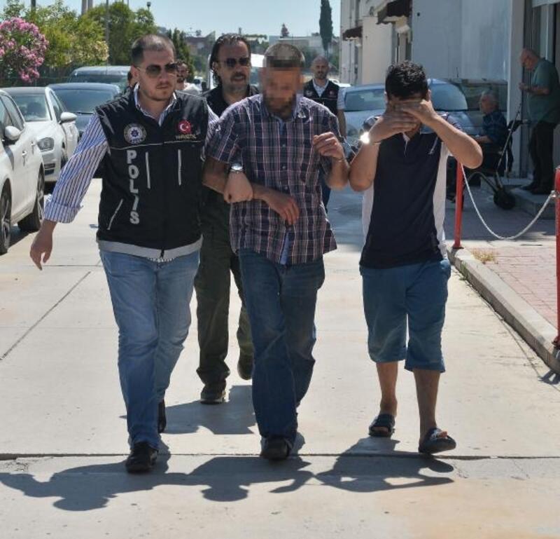 Adana'da uyuşturucu satıcısı 2 kişi yakalandı