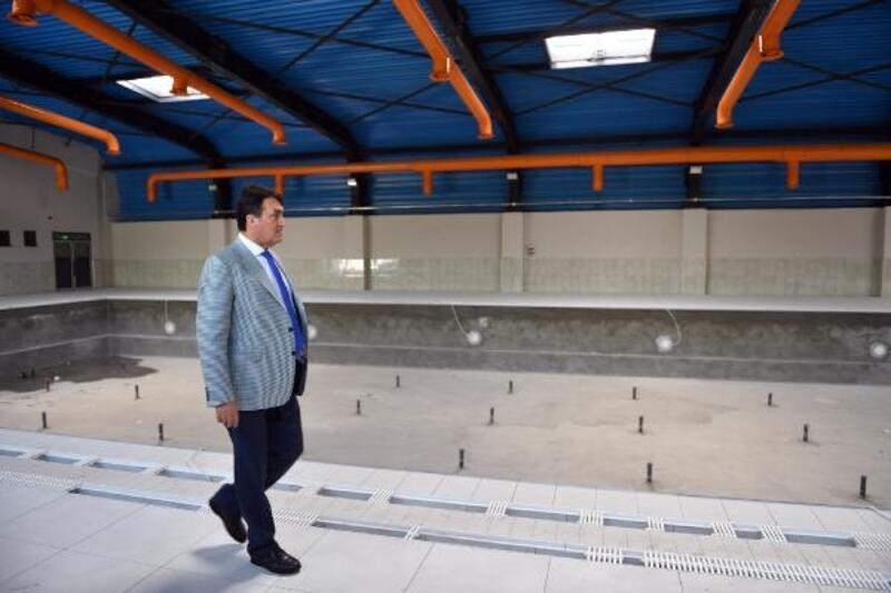 Yeni Karaman yüzme havuzu, daha modern hale geldi