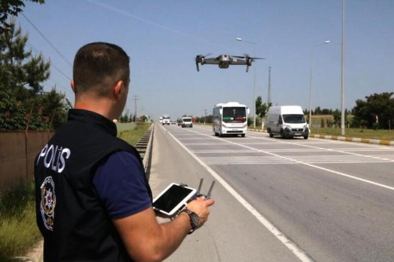 Hatalı sürücüler, drone ile tespit edildi