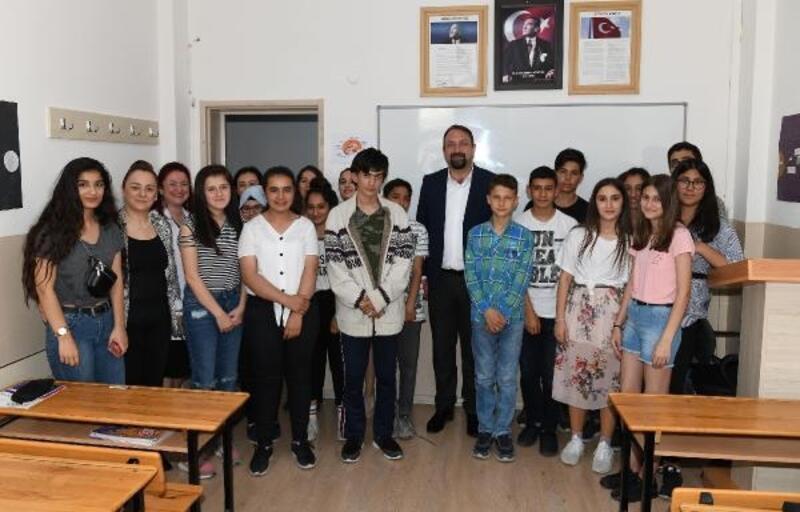 Gümrükçü'den sınava girecek öğrencilere ziyaret