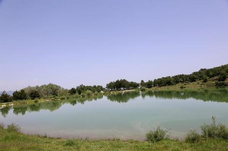 Ziyaretçilerini büyüleyen Yeşil Göl'de turizm atağı