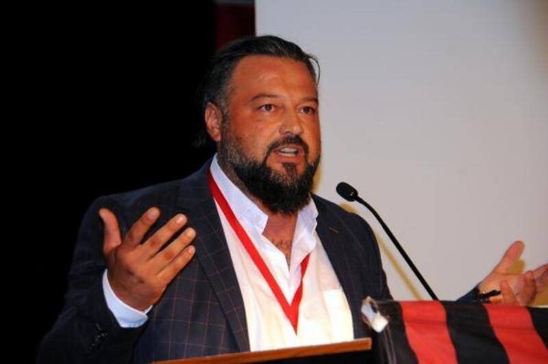 Eskişehirspor'da yeni başkan Osman Taş oldu