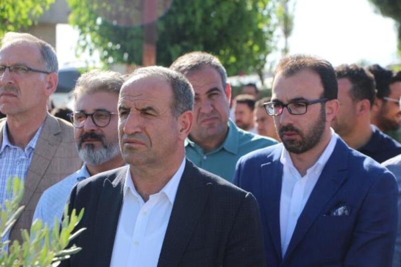 PKK'lı teröristlerin saldırısında ölen 4 kişi mezarları başında anıldı