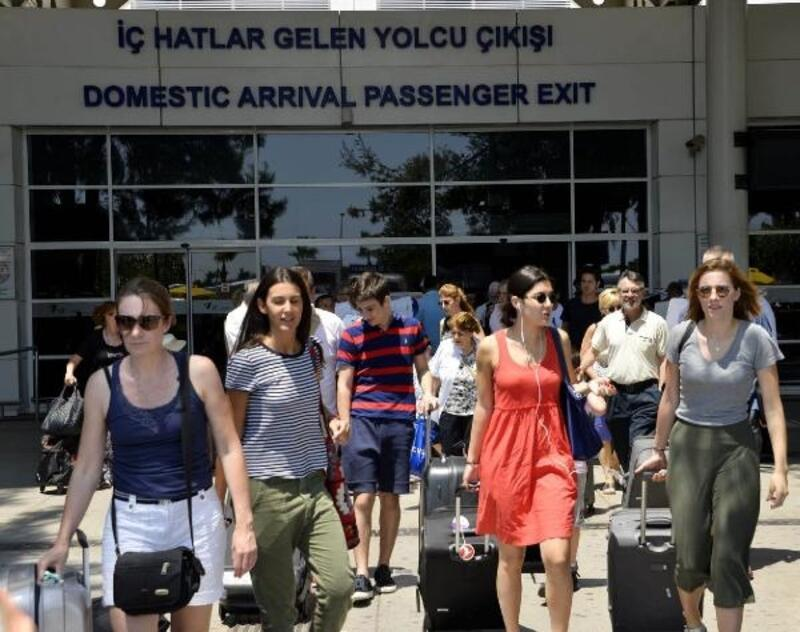 Bayramda Antalya nüfusu ikiye katlanıyor