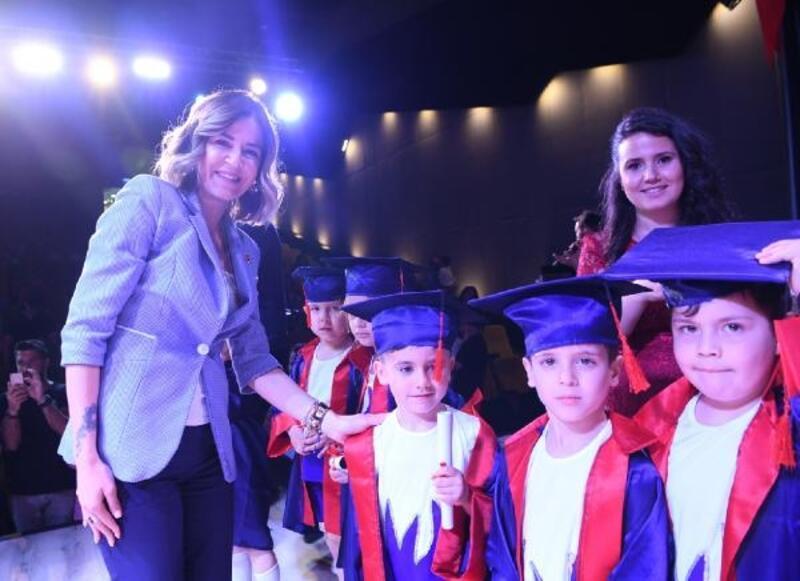 Gürsu kreşinde mezuniyet sevinci