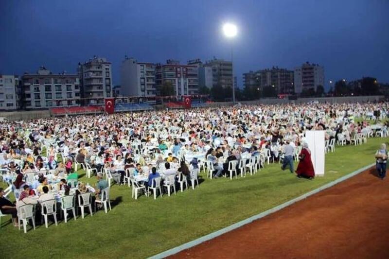 Silifke'de 7 bin kişi, aynı sofrada buluştu