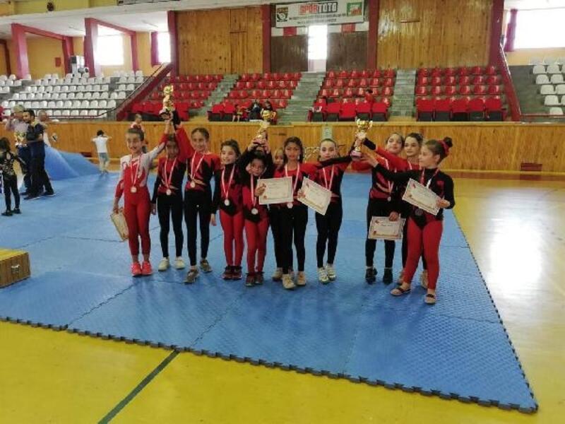Sivas'ta okullar arası jimnastik seçmeleri yapıldı