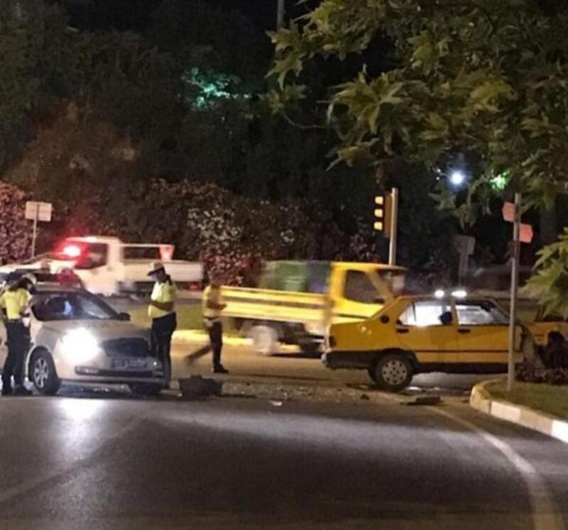 Alkollü sürücüsü, polisten kaçarken başka ekip otosuna çarptı