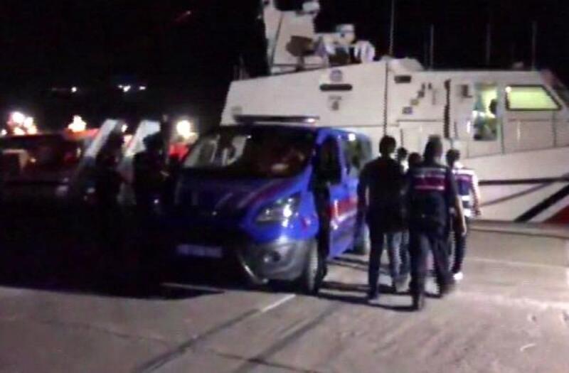 Mersin'den Kıbrıs'a geçmeye çalışan 11 Suriyeliye sınır dışı