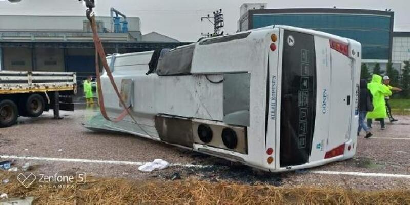 Balıkesir'de otobüs devrildi: 1 ölü, 8 yaralı