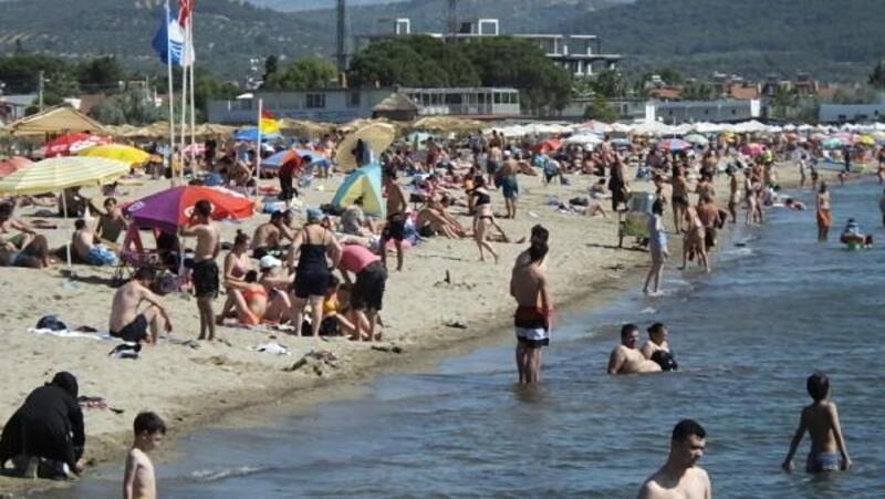 Bayram bitti ancakKuzey Ege sahillerinde yoğunluk sürüyor