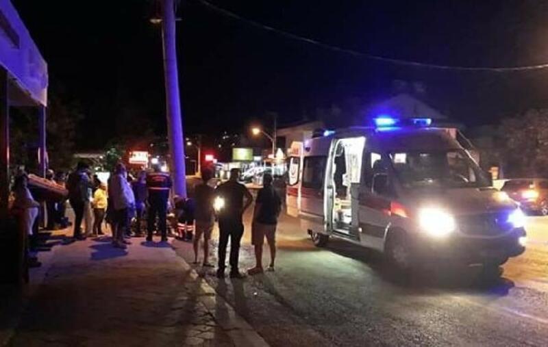 Motosikletin çarptığı İngiliz öldü, 2 kişi yaralandı