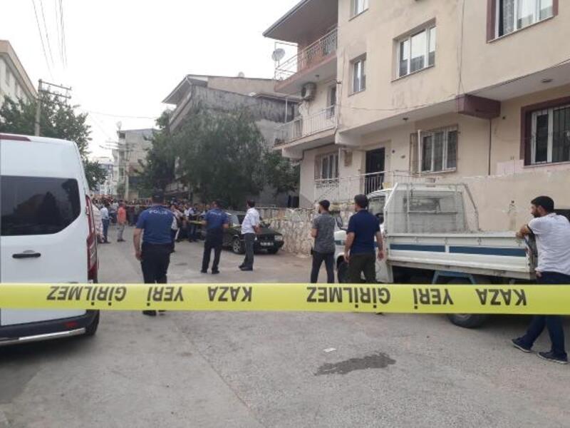 Tartıştığı ağabeyini balkonda otururken pompalı tüfekle öldürdü