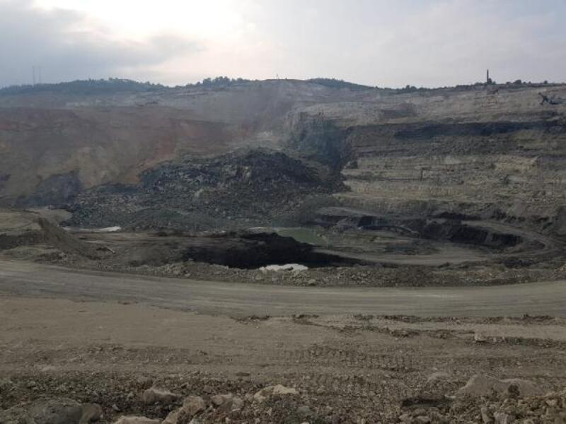 Orhaneli'de kömür ocağında heyelan meydana geldi