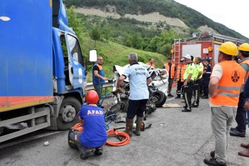 Sinop'ta kaza: 2 üniversiteli öldü, 1 kişi yaralı