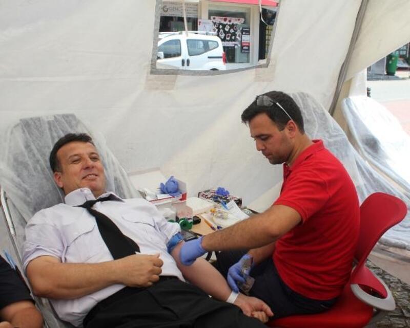 Jandarmadan kan bağış etkinliği