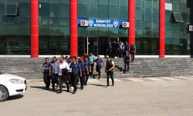 Van'da kaçak elektrik ve rüşvet operasyonu: 28 gözaltı