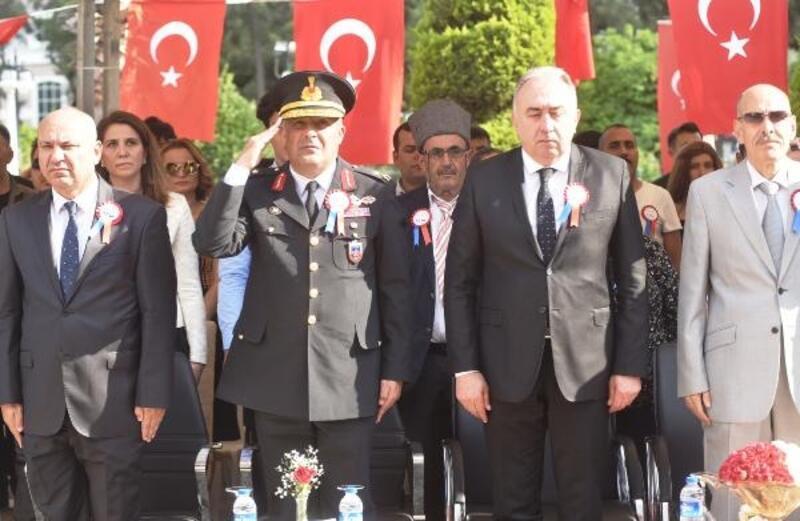 Antalya'da, Jandarma Teşkilatı'nın 180'inci kuruluş yıldönümü için tören düzenlendi