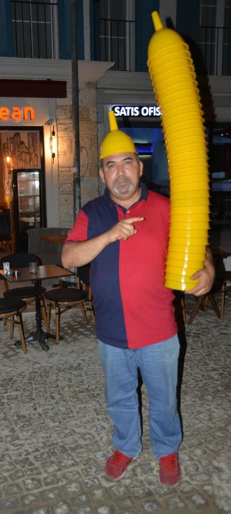 Çeşme'de tatilciler eğlence için huniye 20 lira veriyor