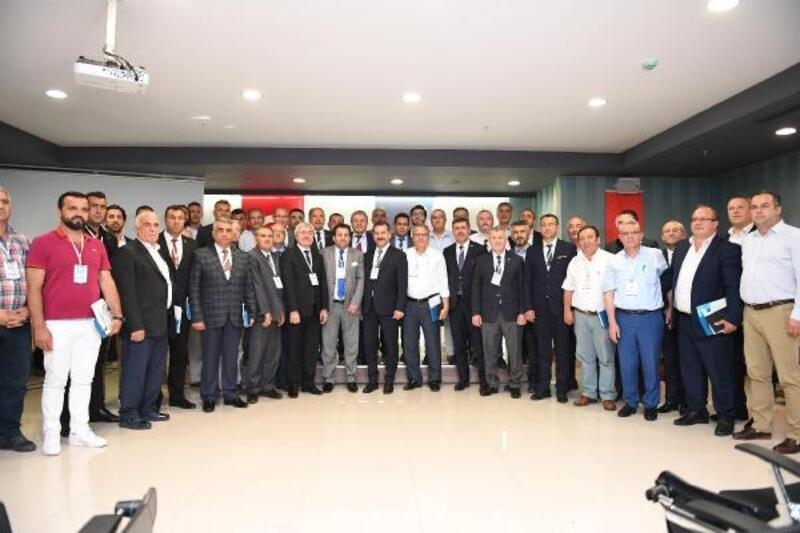 Türkiye Yağlı Güreş Düzenleyen Kentler Birliği Başkanı Yücel Yılmaz oldu