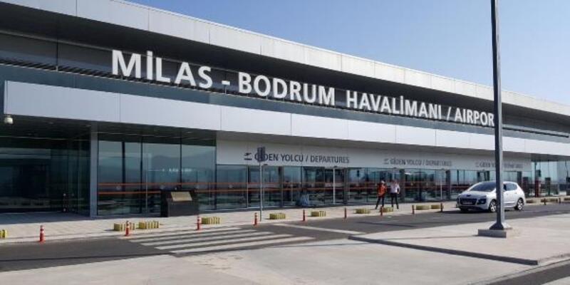 Milas Havalimanı'nda özel jetin lastiği patladı, hava trafiği durdu