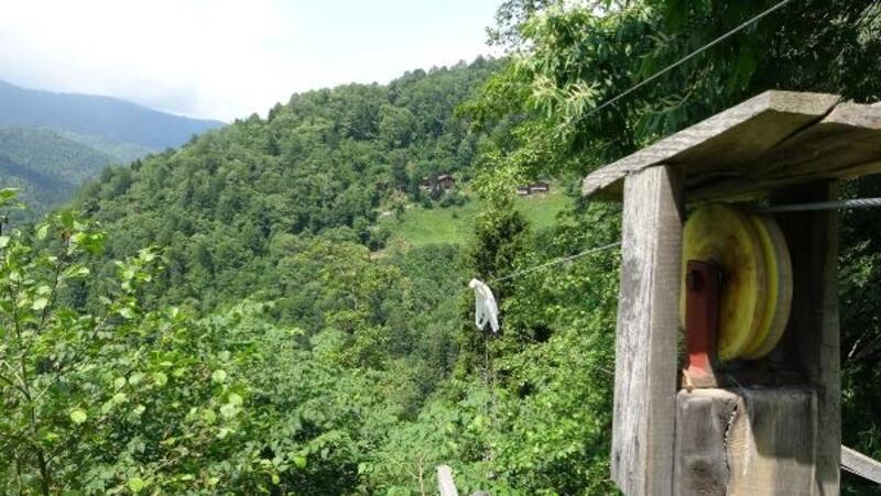 Rize'de ağaç eve 500 metrelik teleferikle ulaşılıyor