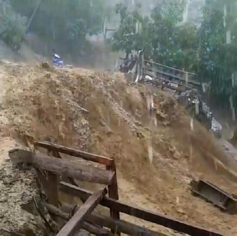 Feke'de yağış etkili oldu