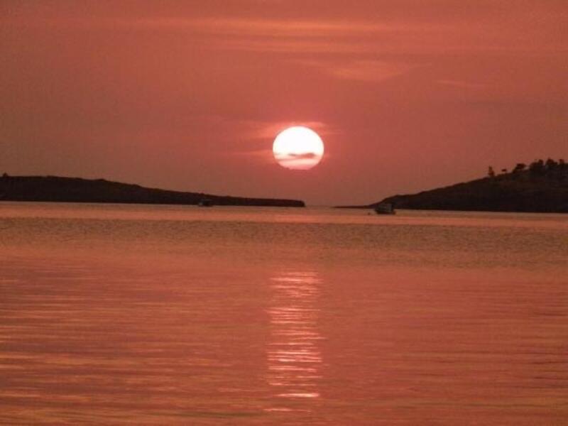 Foça'da gün batımı güzelliği