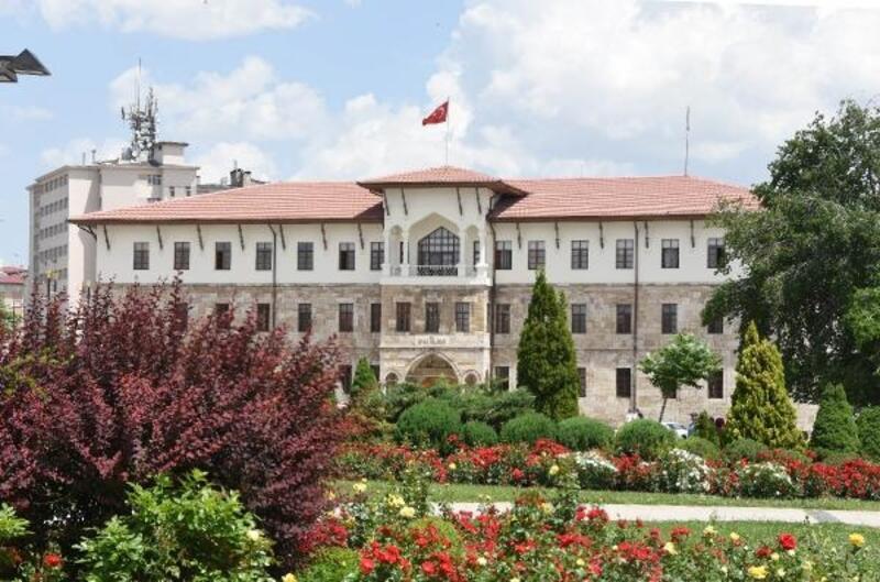 Sivas'ta tarihi valilik binası hem makam, hem müze oluyor