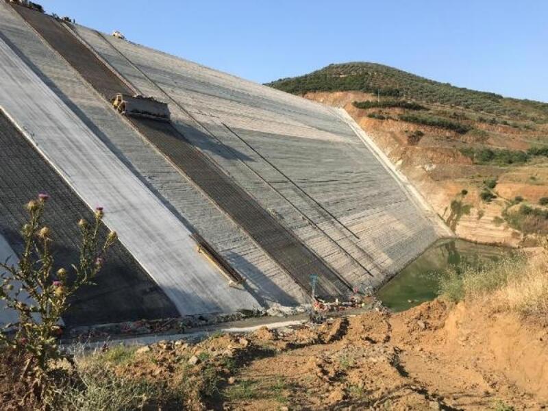 Baraj inşaatında asansörün halatı koptu;70 metreden düşerek öldü