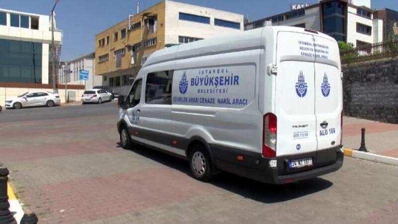 Kadıköy'de yangında ölen çiftin cenazeleri Adli Tıp Kurumu'ndan alındı