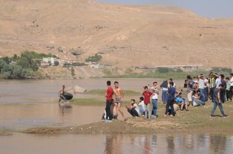 Dicle Nehri'nde akıntıya kapılan Salih aranıyor