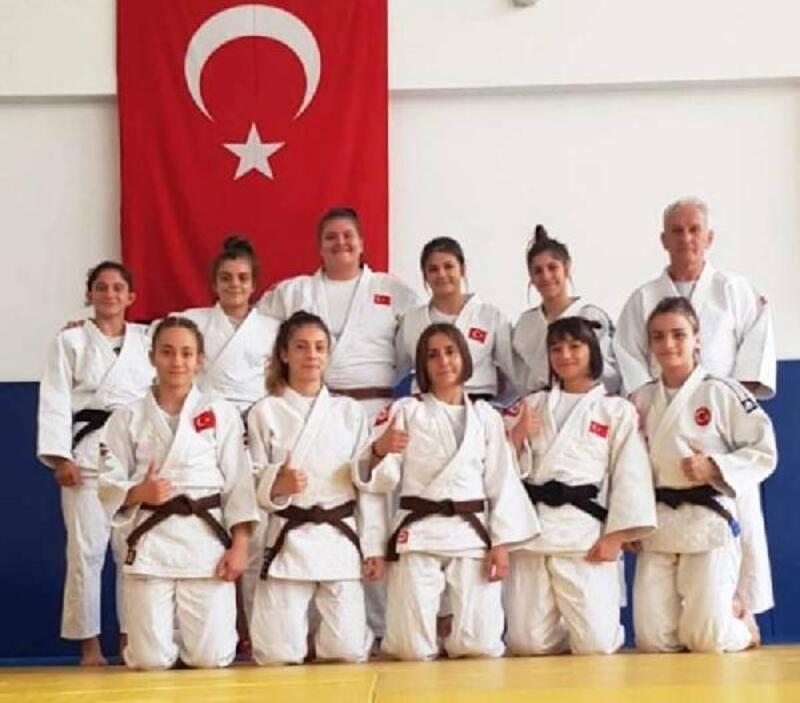 Ümit milliler Avrupa Judo Şampiyonası'na hazır