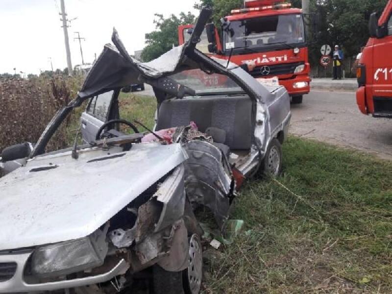 Kazada ağır yaralanan baba öldü, kızı tedavi görüyor