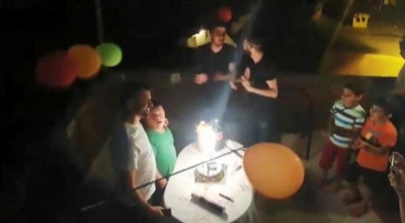Yusuf'a havai fişekli doğum günü kutlaması